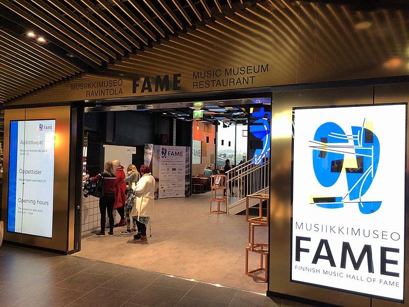 Senioreiden retki Musiikkimuseo Fameen
